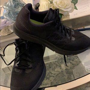 Nike Zoom Pegasus 33 Black - 11.5